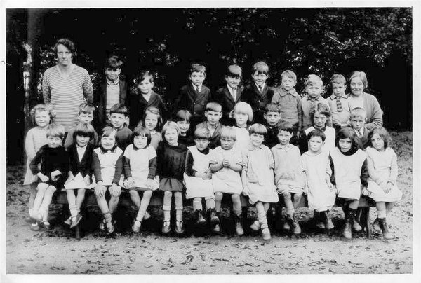 GN school photograph 1931-32.jpg
