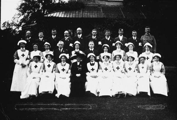 W134.Nurses in uniform.jpg