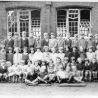 GN school photograph 1931 - 32.jpg