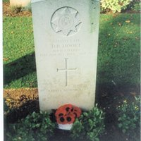 IF donald Moore gravestone.jpg