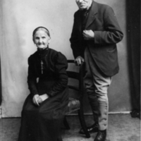 GS48 Harsent and wife.jpg