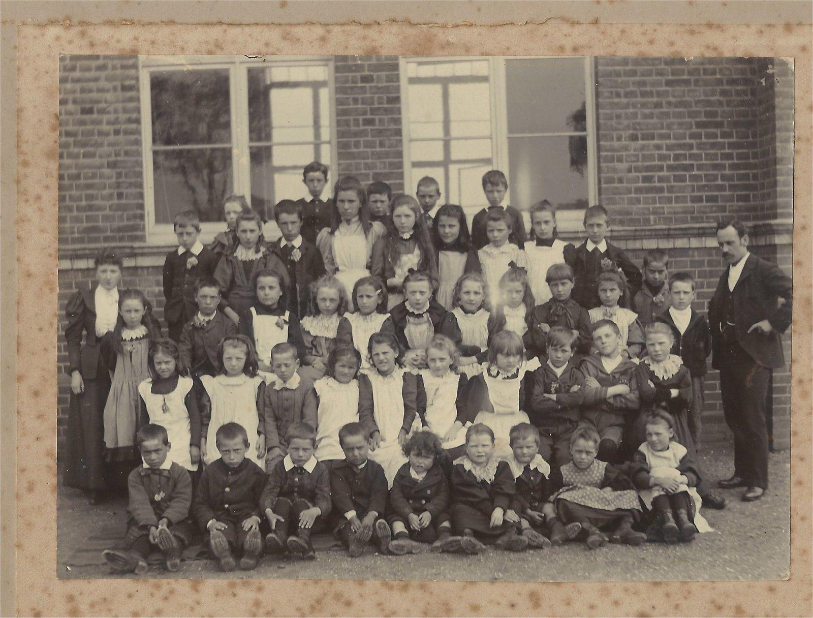 SC school c 1910.jpg