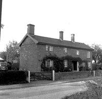 ivy cottage.jpg
